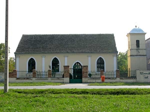 Румунска црква у Јабуци