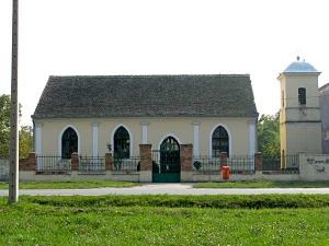 Rumunska crkva u Jabuci