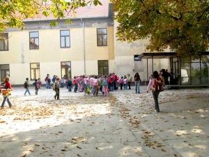 Школа Јабука слика 1
