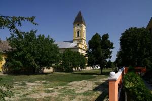 Starčevo crkva slika