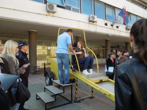 Dan bezbednosti saobracaja - simulator ispred Gradske uprave