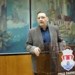 gradonacelnik panceva - ugovori - atletska staza
