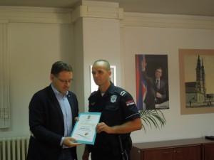 gradonacelnik i policajac meseca za april