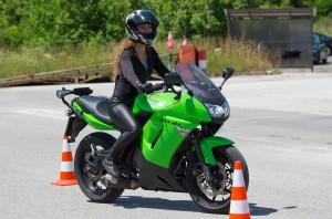 тренинг безбедне вожње за возаче мотоцикала